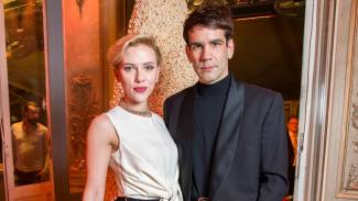 Scarlett Johansson Reportedly Splits From Husband Romain Dauriac After 2 Years of Marriage