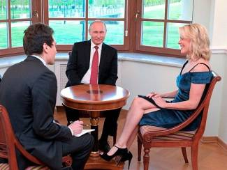 Megyn Kelly Advances 4 Democratic Conspiracy Theories in Putin Interview
